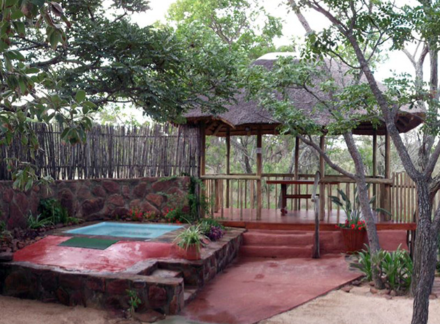madikela private game reserve, self catering accommodation, honeymoon chalet in bushveld, game lodge accommodation, waterberg, limpopo