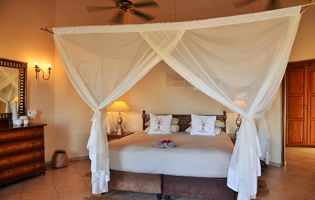 Kololo game reserve, game lodges, game reserve, accommodation, vaalwater, limpopo, south africa, restaurant, big 5, malaria-free, child friendly, Fair Trade Certified, Welgevonden Game Reserve